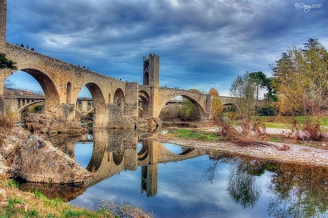 Puente Besalú (IV) from Flickr via Wylio